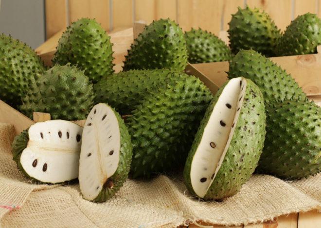 разрезанные плоды