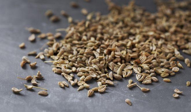 семена на столе