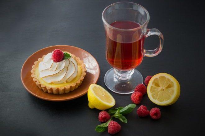 чай и десерт