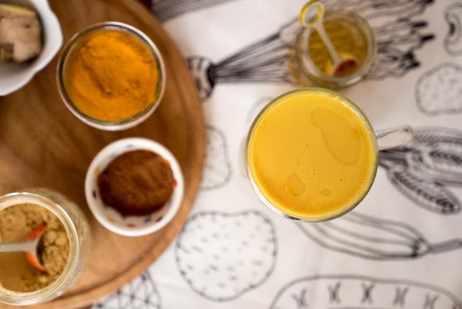 Оранжевый напиток